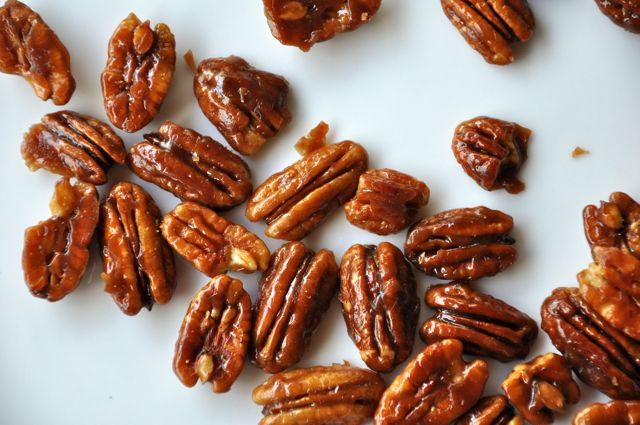 Sweet And Salty Nuts In 10 Minutes Livin The Pie Life