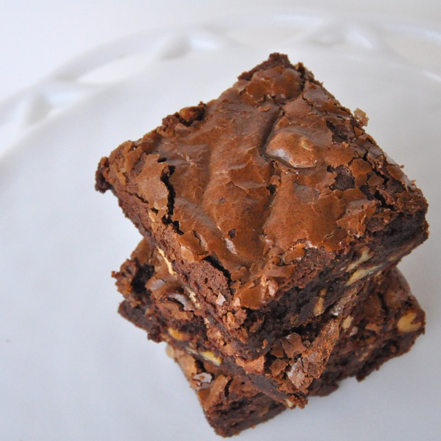 Bakery-Style Chewy Brownies | Making Life Delicious | Livin' The Pie ...