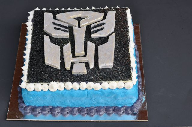 More than Meets the Eye TRANSFORMERS CAKE Livin The Pie Life