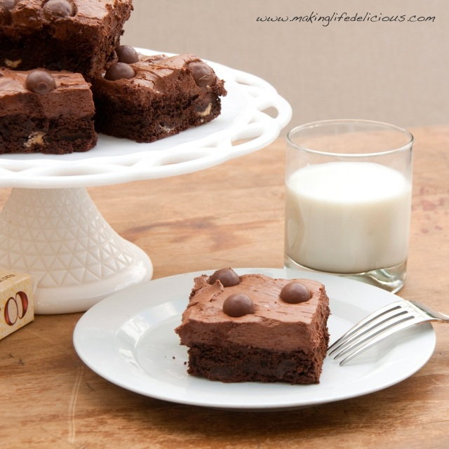 Plated Brownies with Watermark